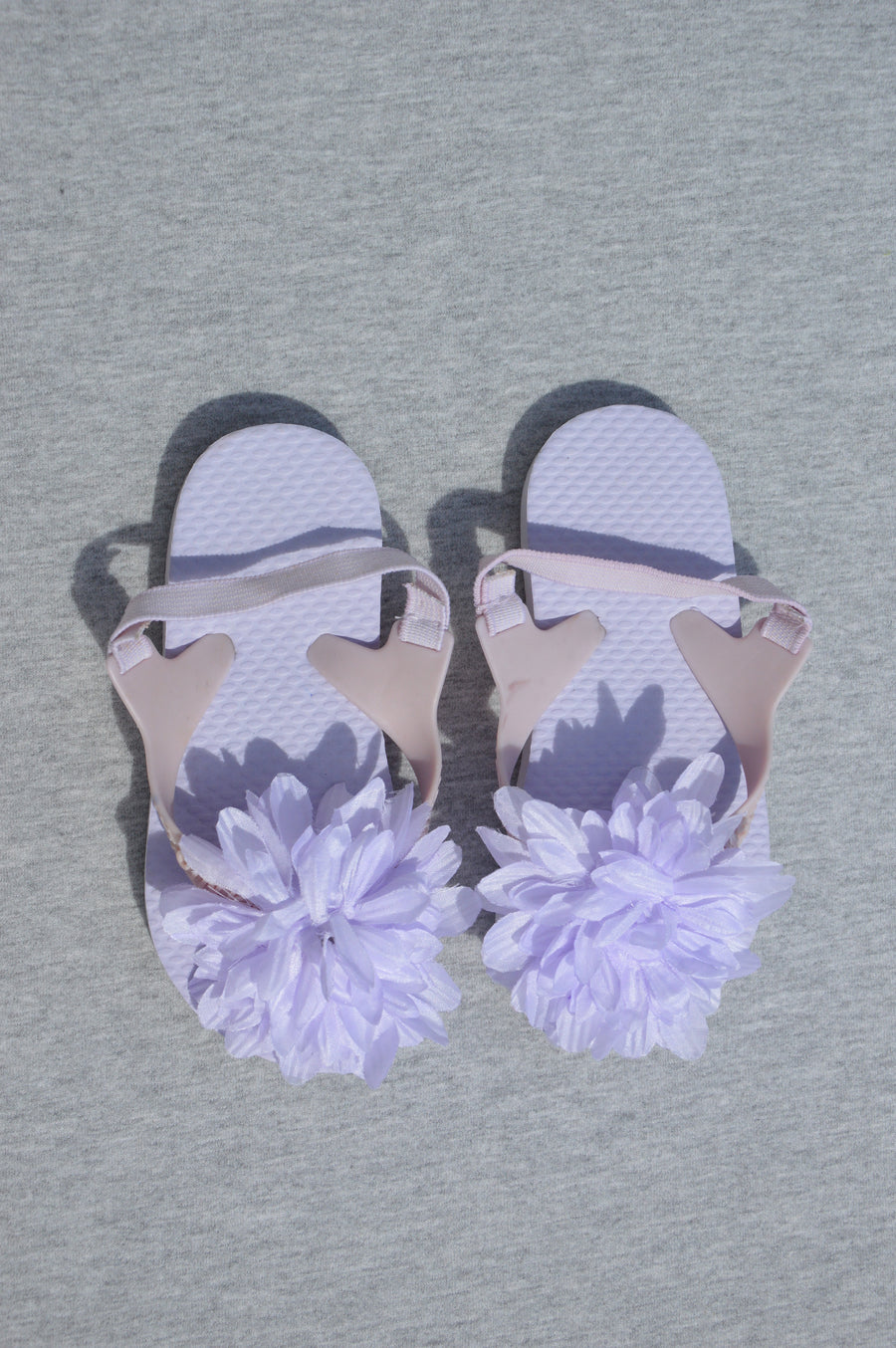Cotton On - brand new - lilac jandals, size NZ 6