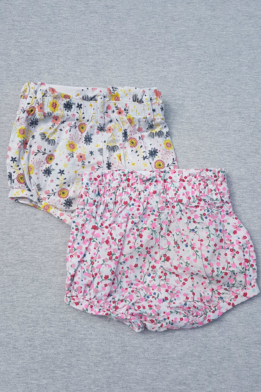 Cotton On 2 x floral shorts, size 0-3m