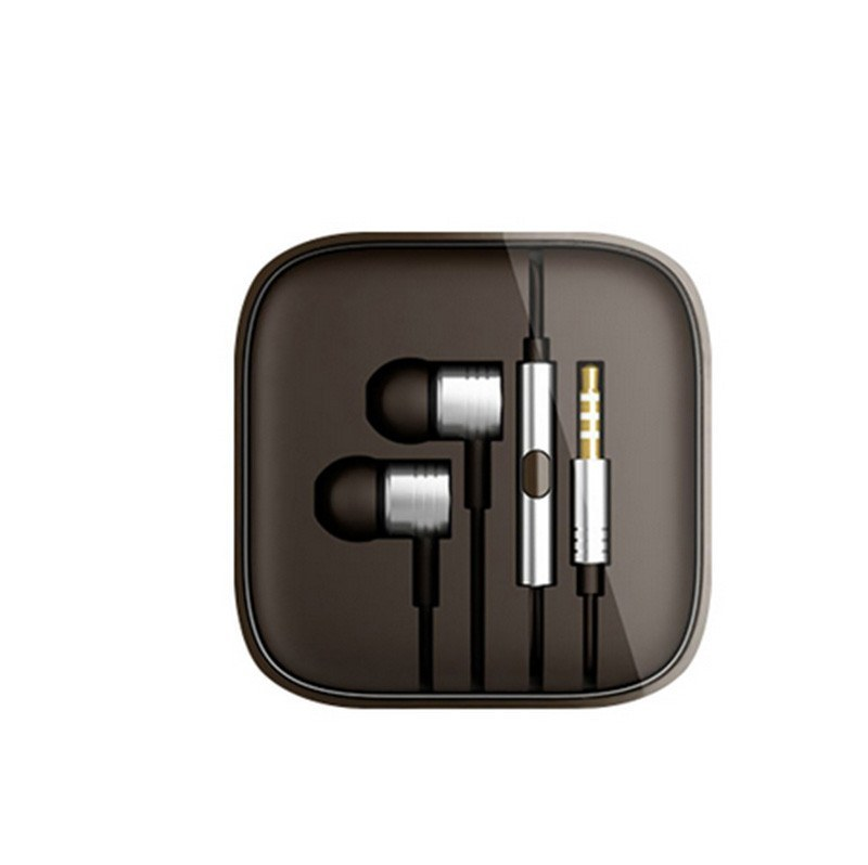 Noise Canceling Earbuds w/Mic