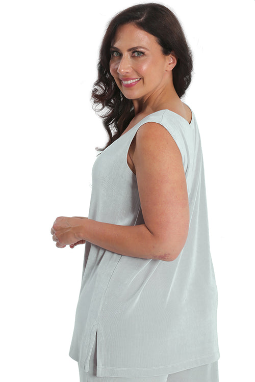 Vikki Vi Classic Dove Gray Sleeveless Tunic