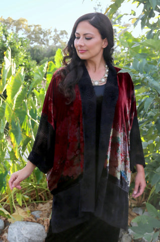 Lydia in a red and black Dressori kimono robe