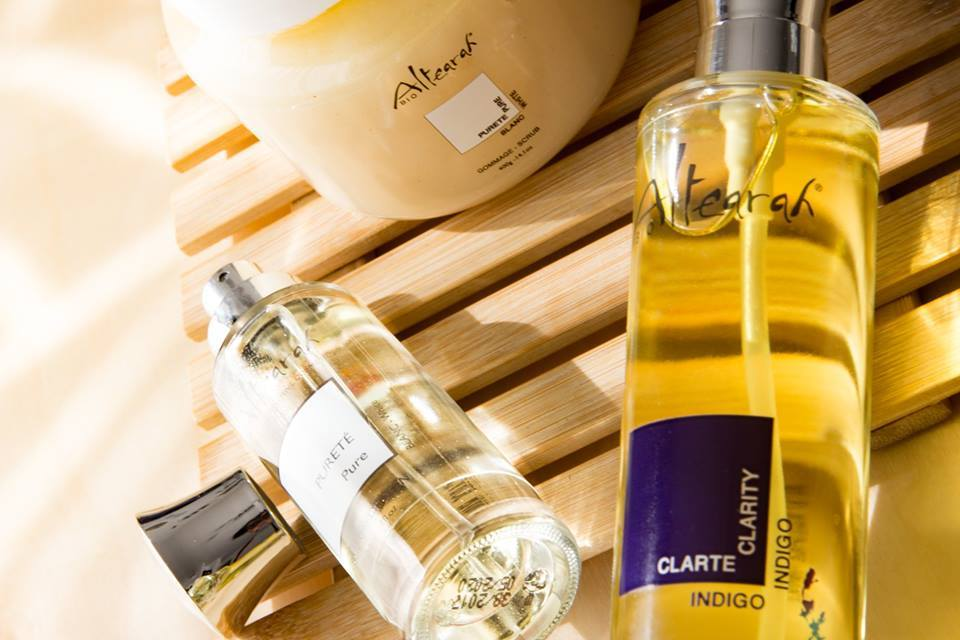 Receive FREE SAmples of Altearah's perfumes