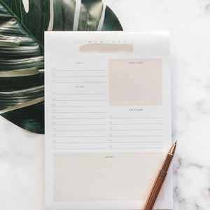 NOURISH: DAILY NOTEPAD