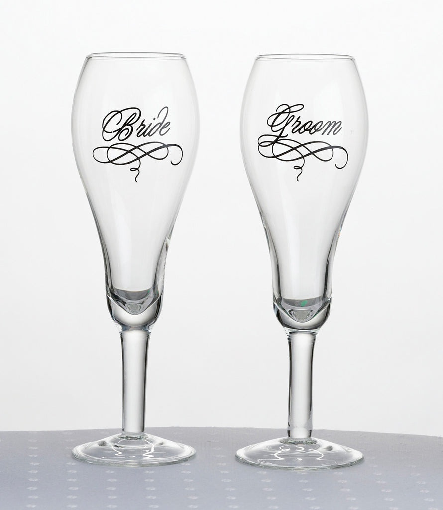 Bride & Groom Toasting Flutes