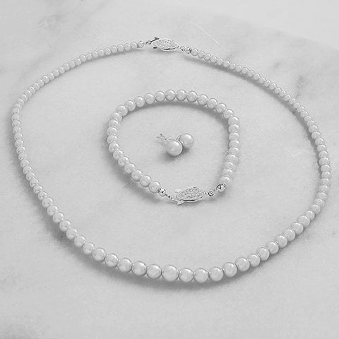 Graduated 3 Piece Pearl Jewelry Set