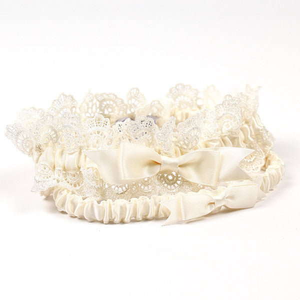 Eleanor Lace Wedding Garter Set in Ivory