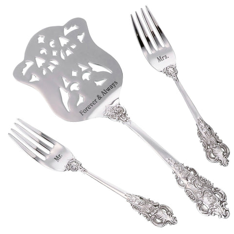 wedding cake serving set with forks