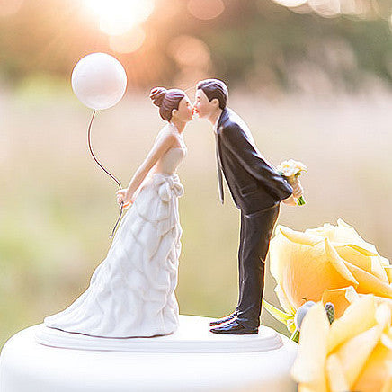 Lean In for a Kiss - Balloon Wedding Cake Topper
