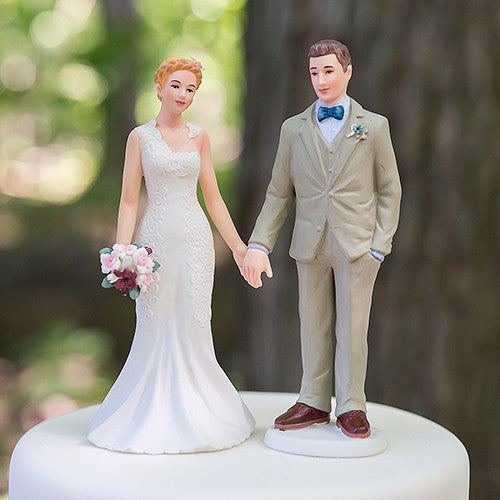 outdoor wedding cake topper