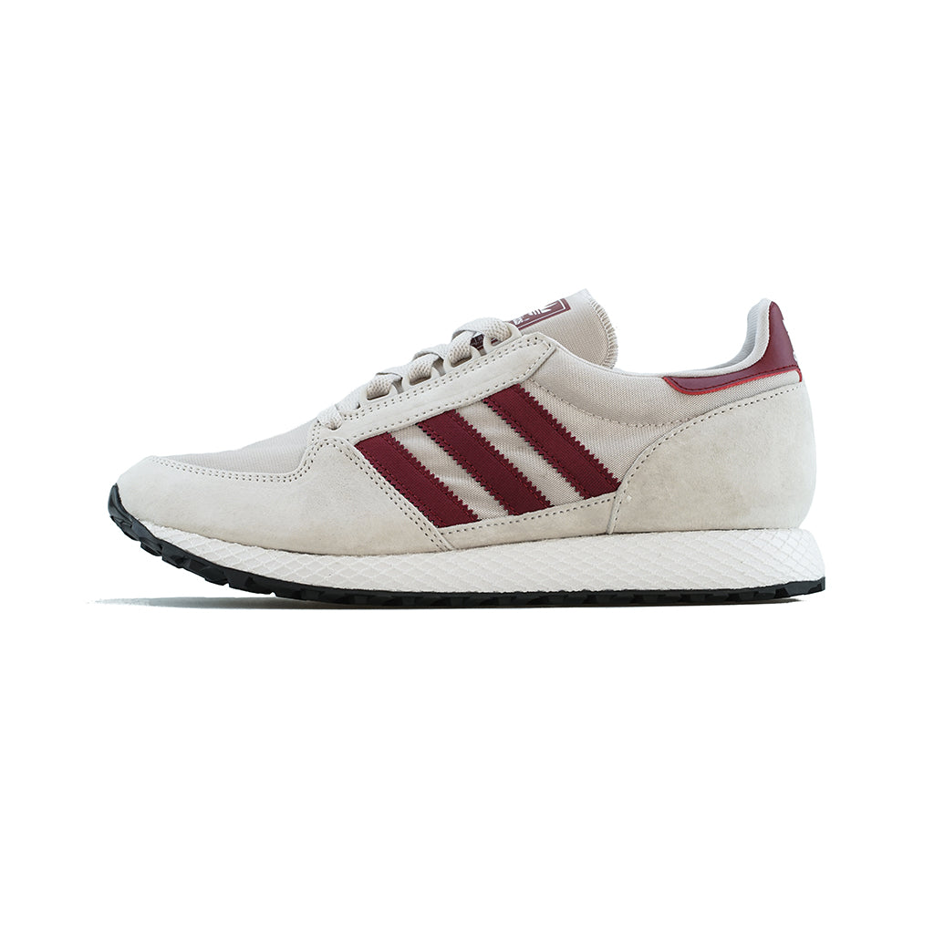 adidas Originals Forest Grove (Chalk PearlCloud WhiteCore Black)