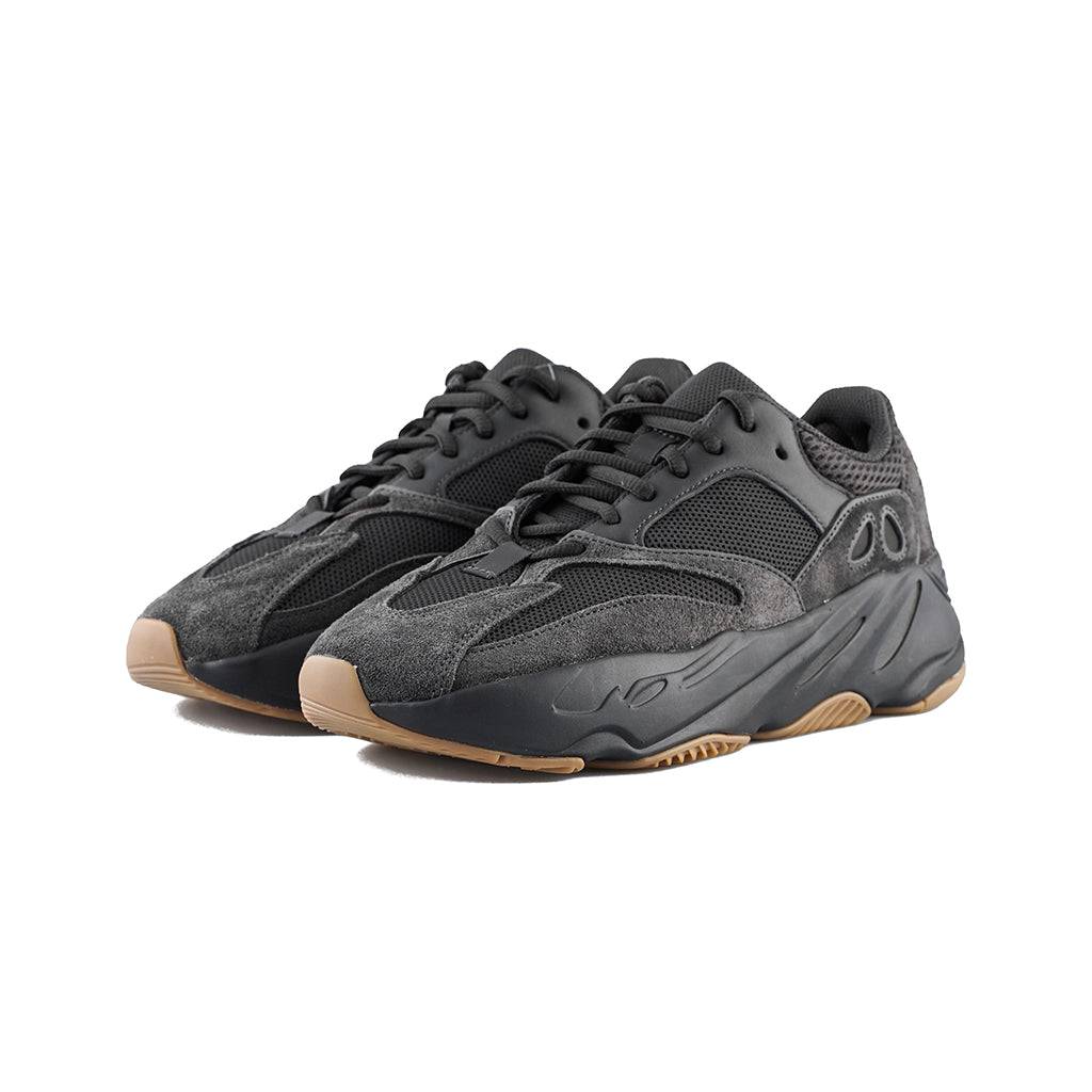 lowest price 7a9c2 5d641 adidas - Yeezy BOOST 700 (Utility Black/Utility Black/Utility Black)