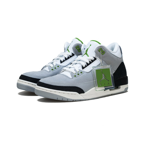 Air Jordan 3 Retro (LT Smoke Grey/Chlorophyll)