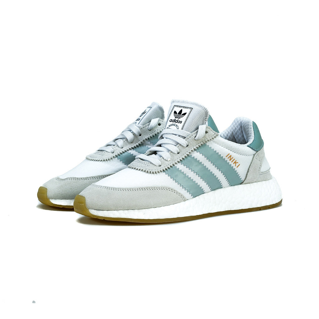 on feet shots of the sale of shoes best prices adidas Originals - Iniki Runner W (White/Light Grey)