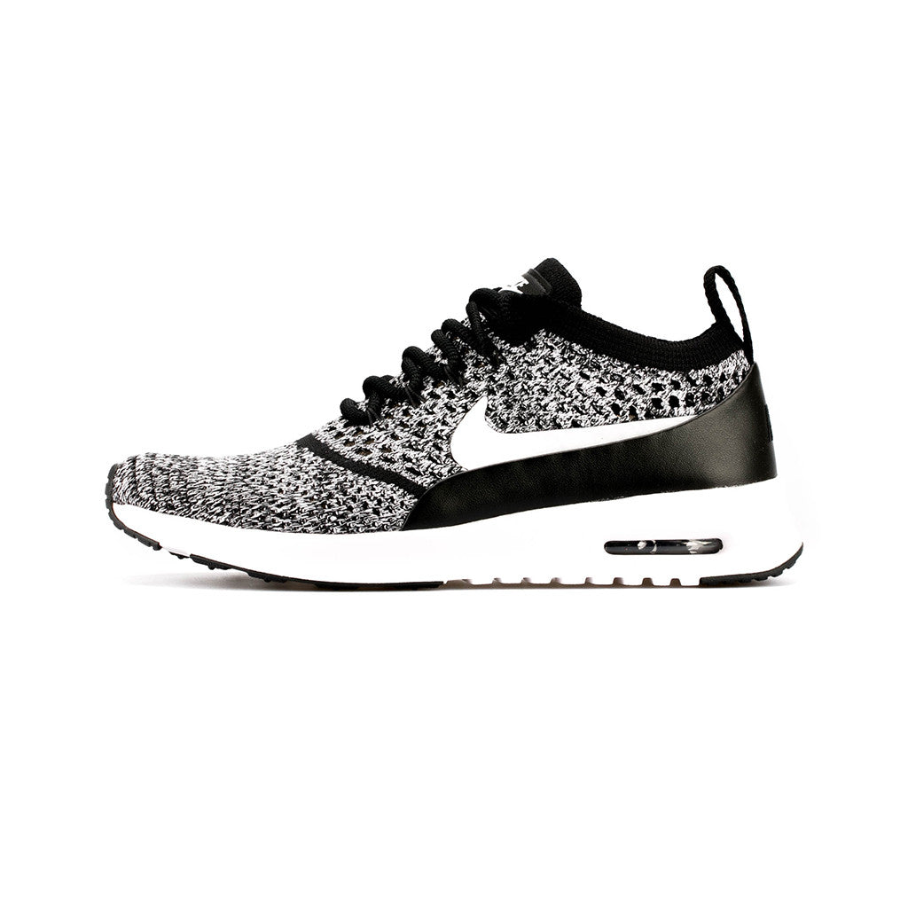 the latest c673a 503e5 ... Nike - W Air Max Thea Ultra Flyknit (Black White). 1. 2. 3
