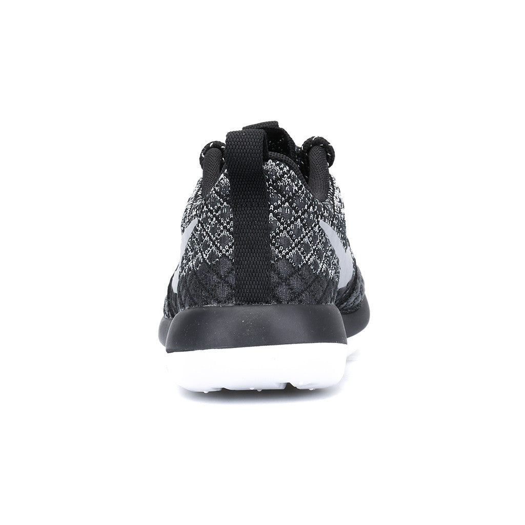 separation shoes 8b992 3c7e1 Nike - W Roshe Two Flyknit 365 (Wolf Grey/Black/White/Wolf Grey)