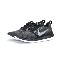 Nike - W Roshe Two Flyknit 365 (Wolf Grey/Black/White/Wolf Grey)