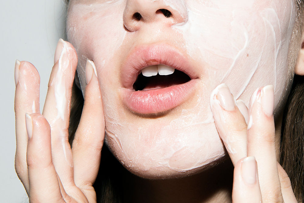5 articles to read while you're waiting for your face mask to dry