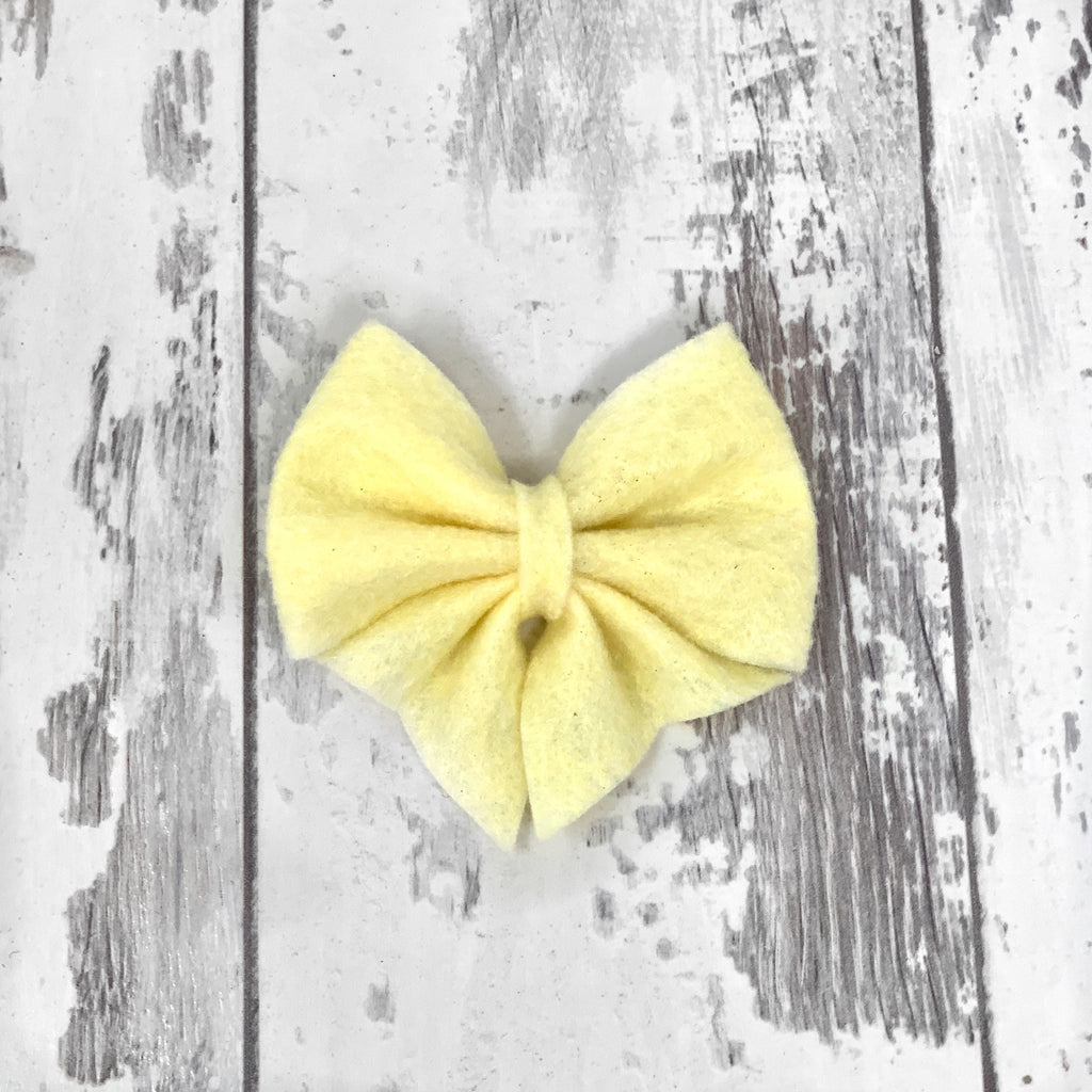 MINI Custard Lucy Bow