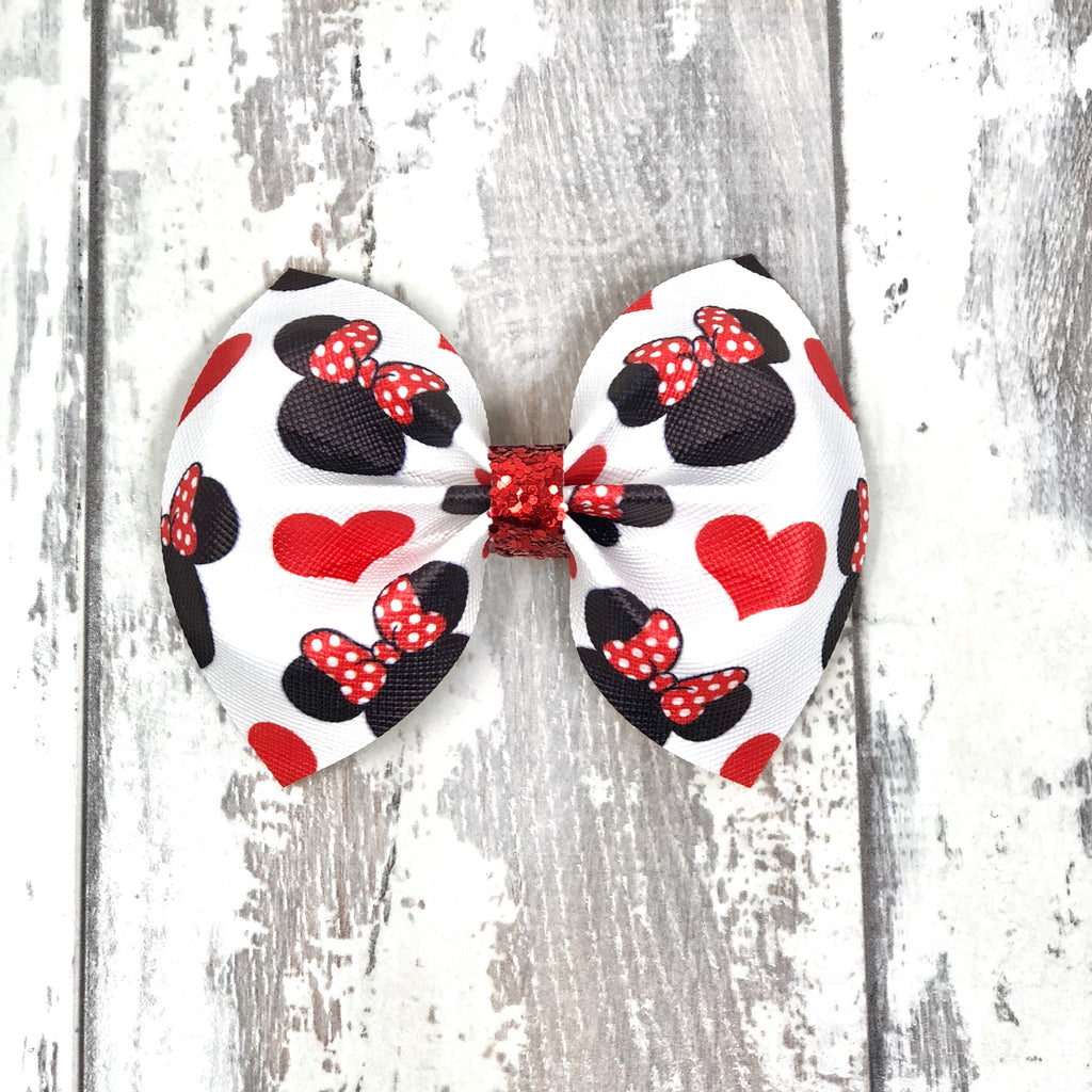Minnie Hearts Charlotte bow