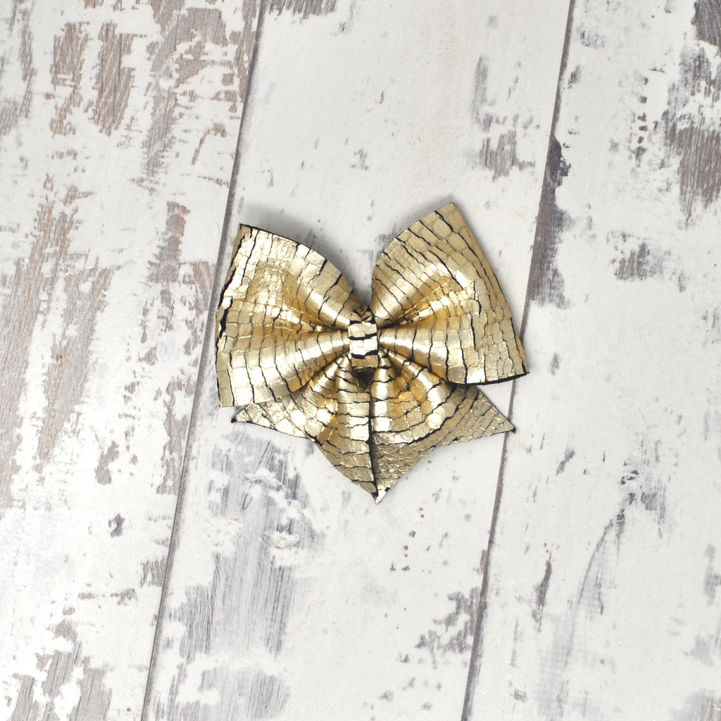 Pale Gold Crackled Lucy Bow