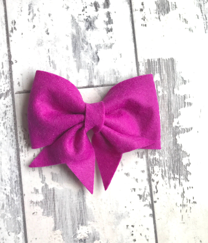 Violet Lucy Bow