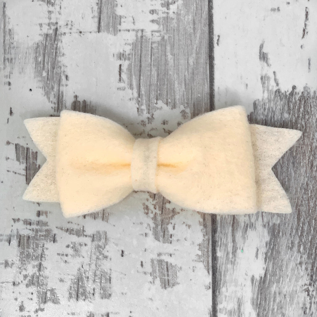 English Cream Claire Bow