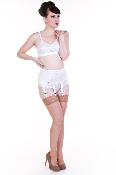 Lace panel 6 strap suspender belt