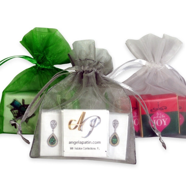Organza Pouch with 3 Chocolates