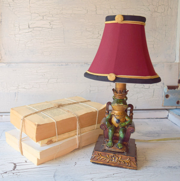 King Authur Frog Lamp