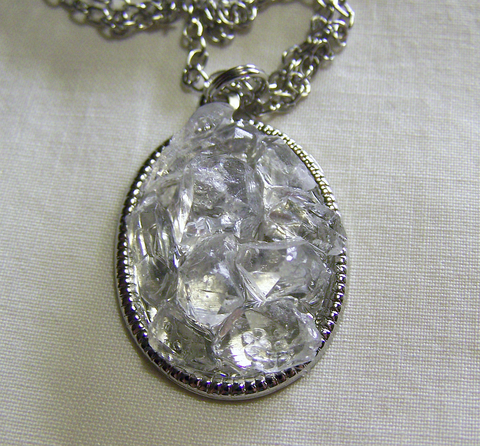 Natural Quartz Crystals Pavè Setting Pendant