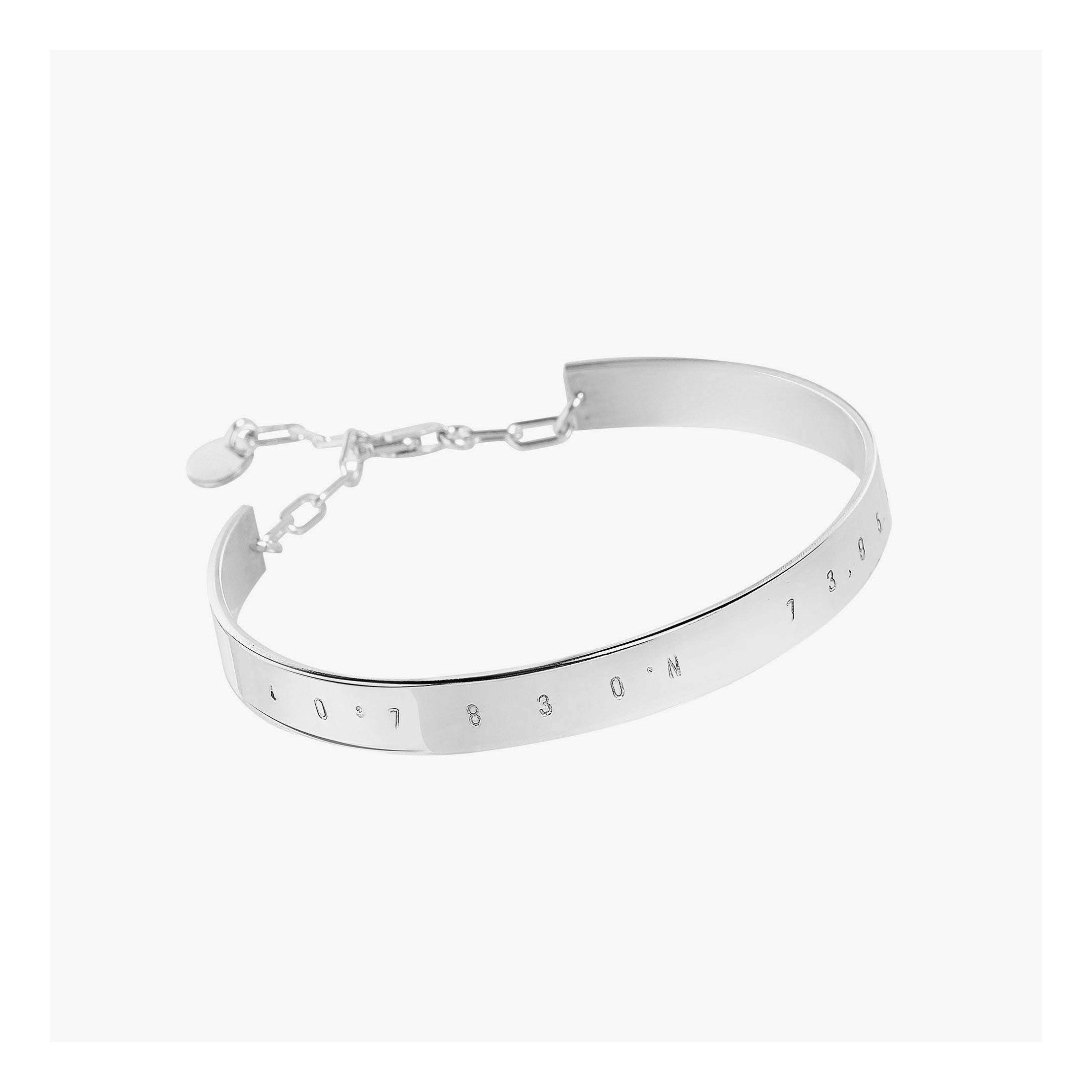 Custom made Coordinates bracelet with link chain in solid sterling silver