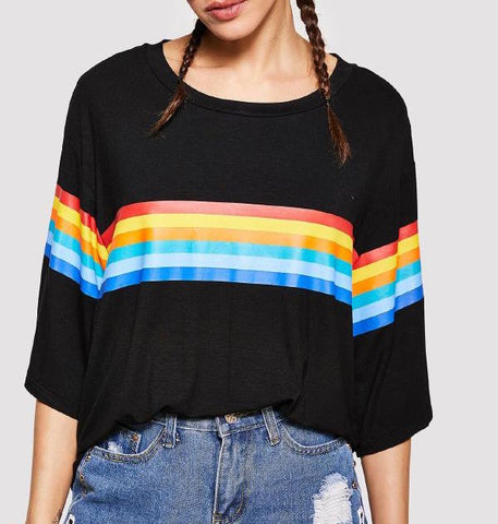 Playera Negra Arcoiris (Oversized) *