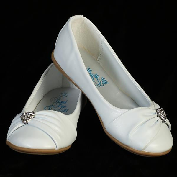 Wendy Girls Flat Shoe with Rhinestone Heart-white