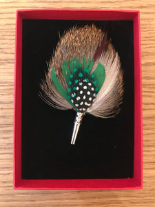 My Bob- Feather Drop Brooch Green & Brown - ouimillie