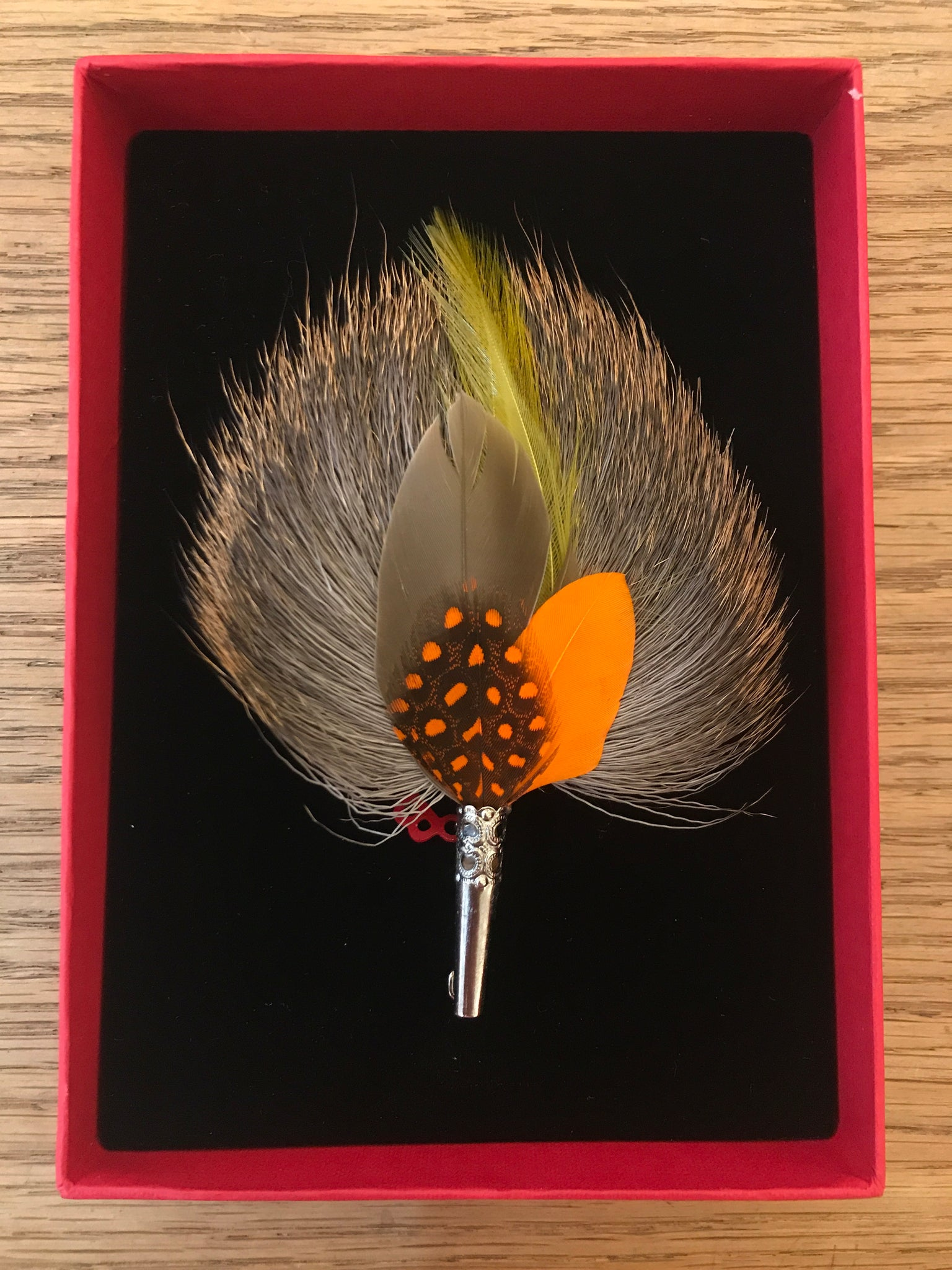 My Bob- Feather Drop Brooch Yellow & Orange - ouimillie