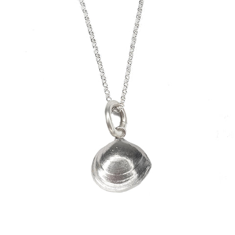 Signature Clam Shell Necklace