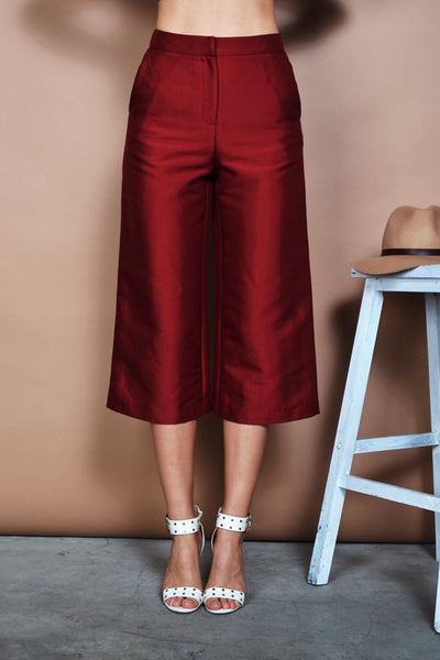 Woven Culotte Pants in Red