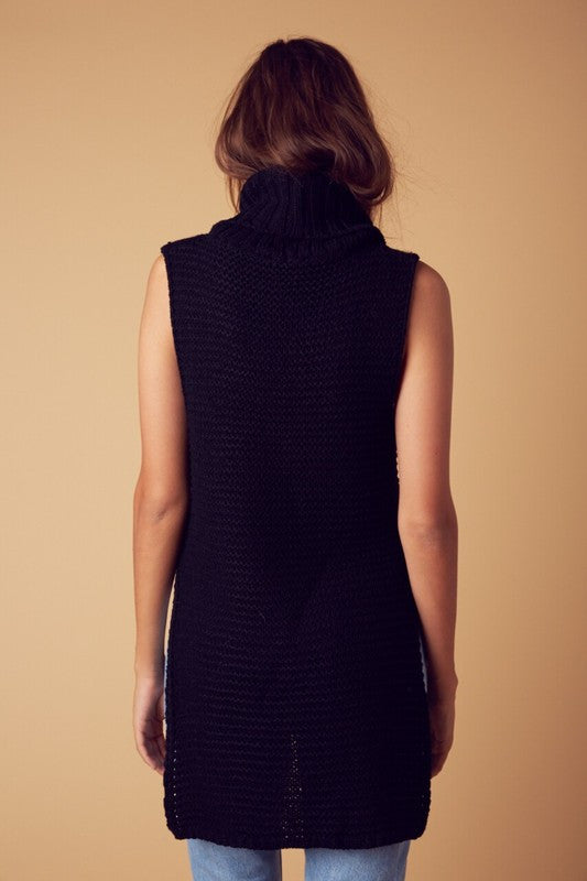 Chunky Roll Up Neck Sleeveless Sweater with Splits in Black