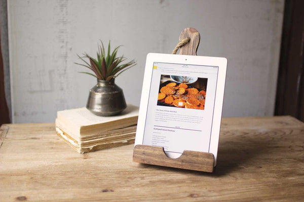 Wooden I-Pad Holder