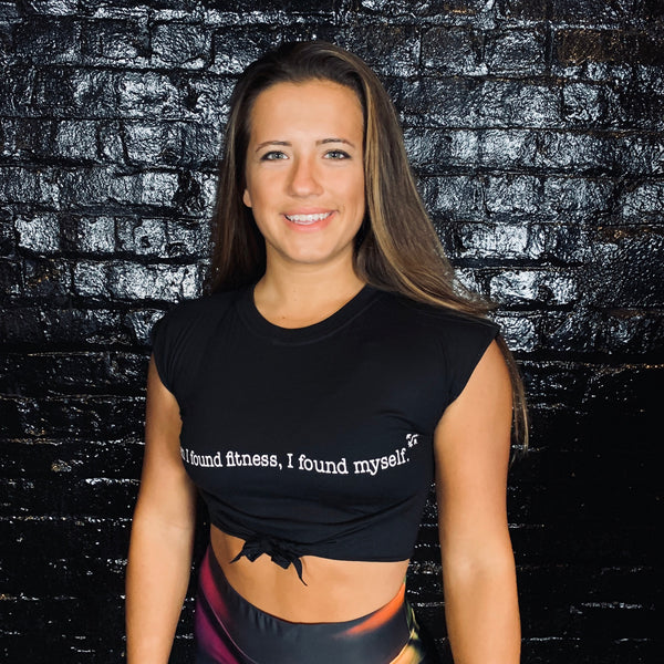 """When I found fitness"" Crop Tie T-shirt"