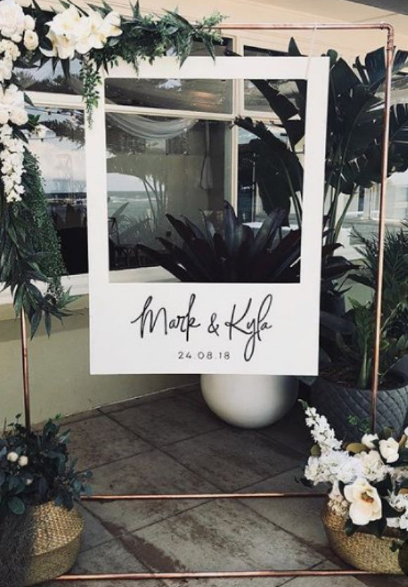 engagement-wedding-photo-booth-frame