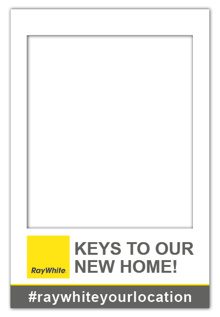 Ray White Custom Frame - Large (80 x 110 cm)