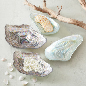Coastal Entertaining Lustrous Shell Plate Set