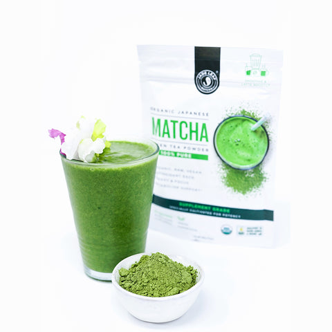 Simple & Easy Matcha Smoothie