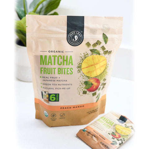 Matcha Fruit Bites - Peach Mango - 6 Pouches - Lifestyle