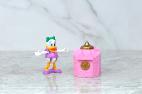 Vintage Blockbuster Exclusive Walt Disney Daisy Duck And Pink Castle Toy 1996