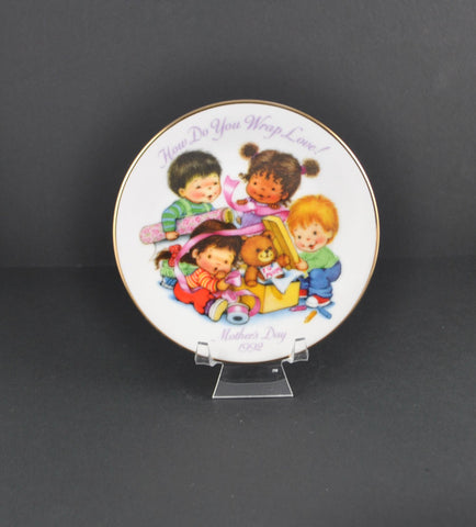 Vintage Avon Plate How Do You Wrap Love Mother's Day 1992, Collectible Plate, Avon Collectible, Mom, Mother, Gift for Her