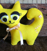 Load image into Gallery viewer, Felt-Stuffed-Toy-Cat-Nchanted-Gifts