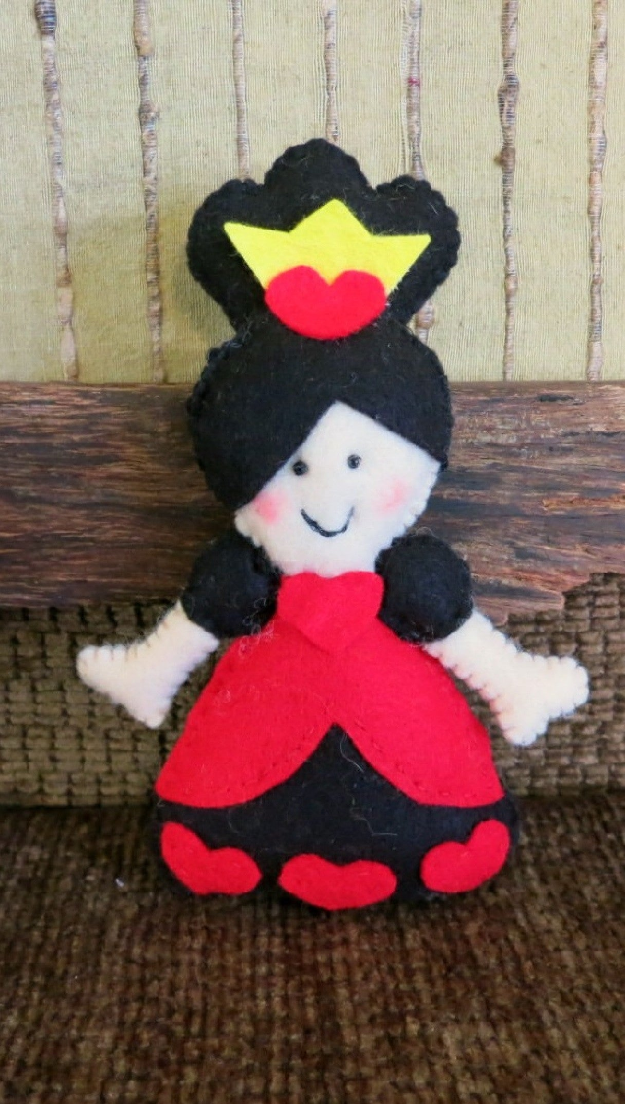 Queen-of-Hearts-stuffed-toy-Nchanted-Gifts