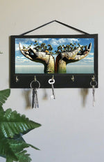 Load image into Gallery viewer, Hands Illusion Key Rack